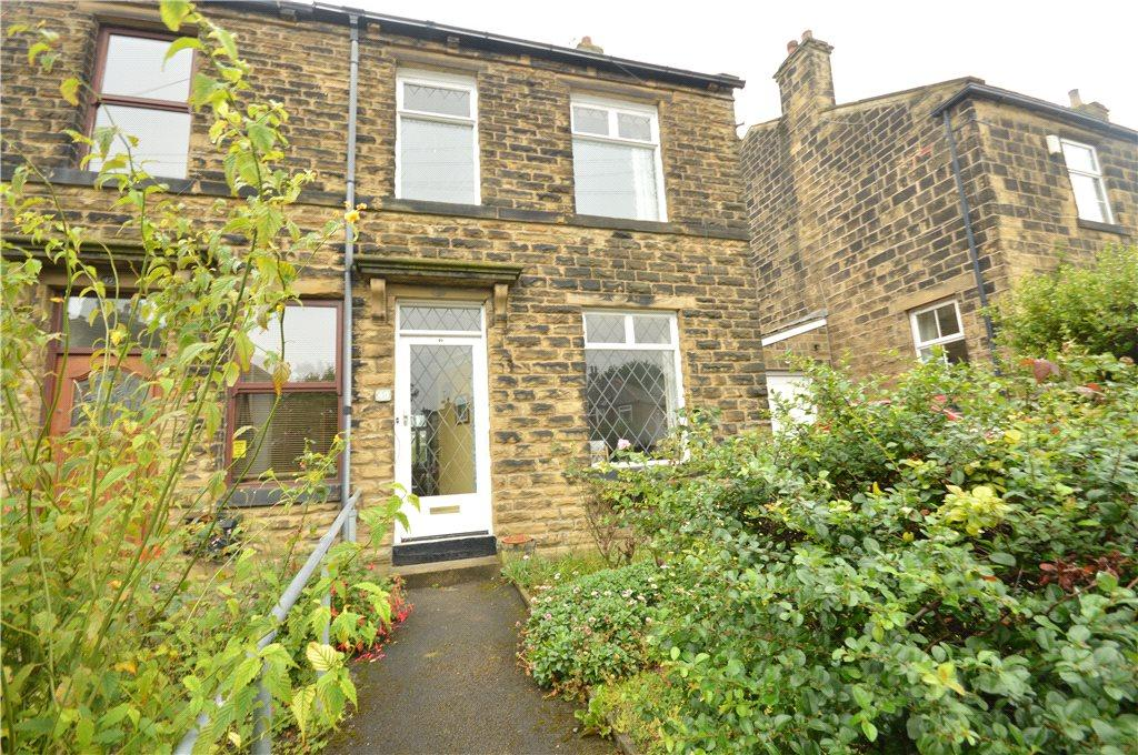 3 Bedrooms Terraced House for sale in Woodhall Road, Calverley, Pudsey, West Yorkshire