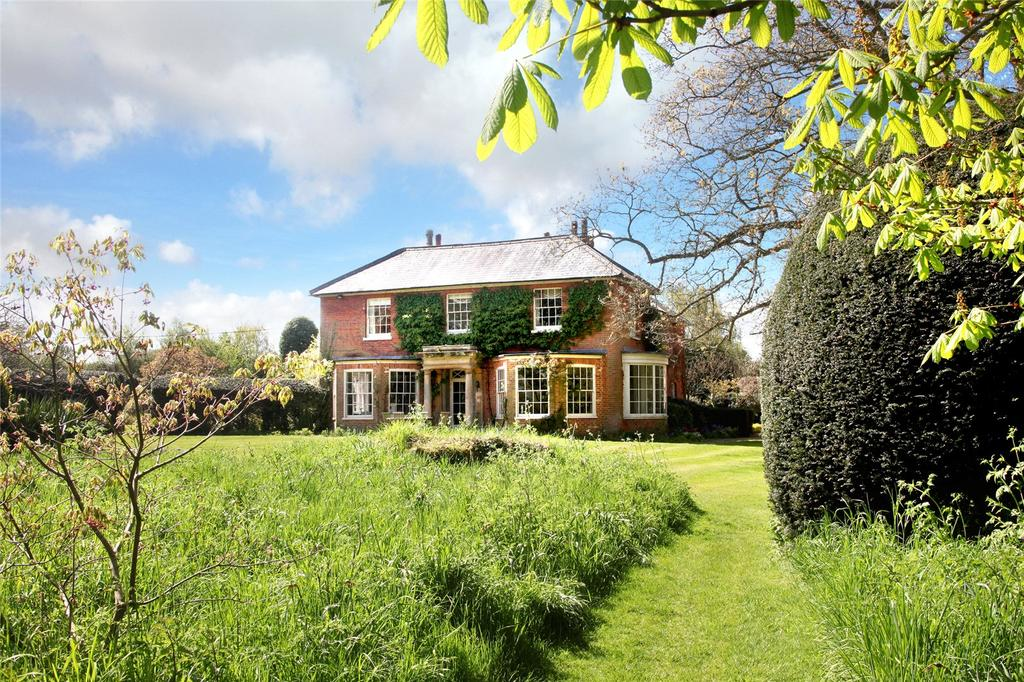 5 Bedrooms Detached House for sale in Newnham Lane, Old Basing, Basingstoke, Hampshire