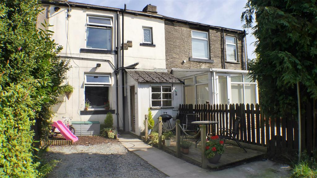 1 Bedroom Terraced House for sale in Worthing Head Road, Wyke, Bradford,BD12 9PN