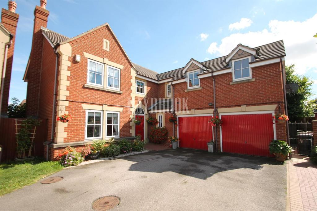 5 Bedrooms Detached House for sale in Stanier Way, Renishaw