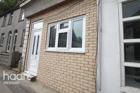 1 bedroom flat to rent - London Road, Strood, ME2