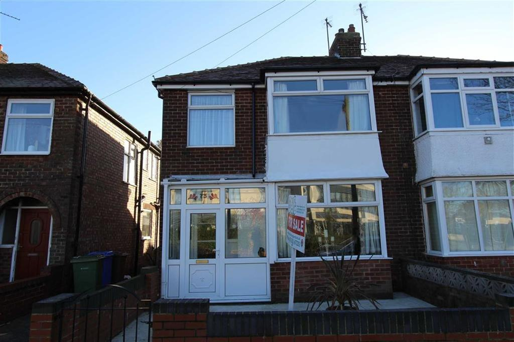 3 Bedrooms Semi Detached House for sale in St Alban Road, Bridlington, East Yorkshire, YO16
