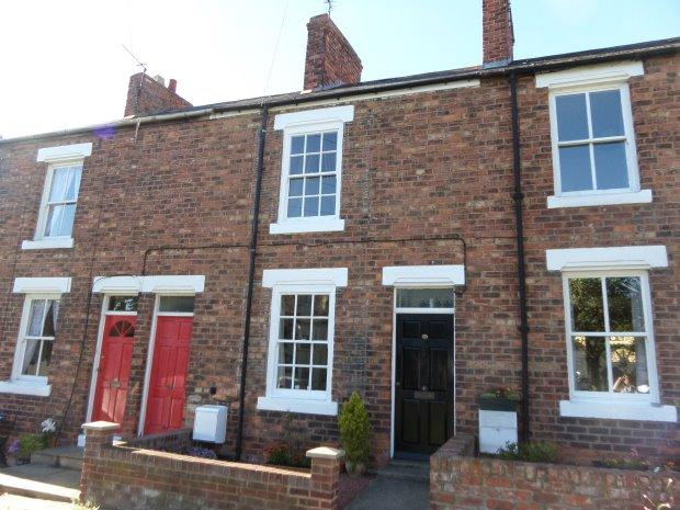 2 Bedrooms Terraced House for sale in THE SQUARE, SEDGEFIELD, SEDGEFIELD DISTRICT