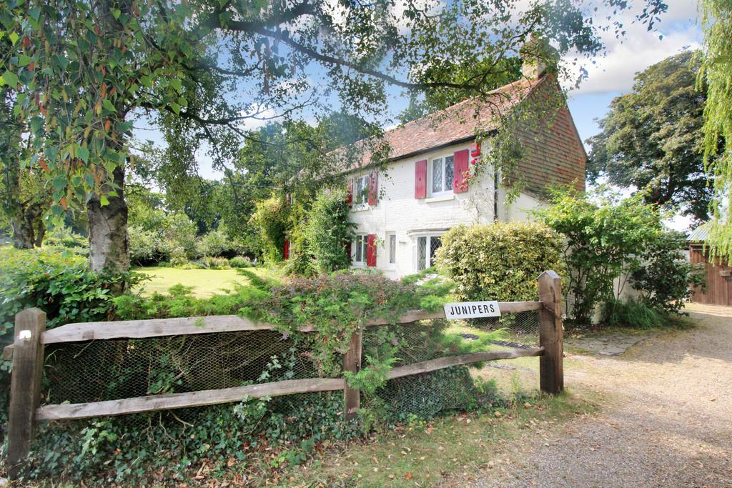 4 Bedrooms Cottage House for sale in Harbolets Road, West Chiltington