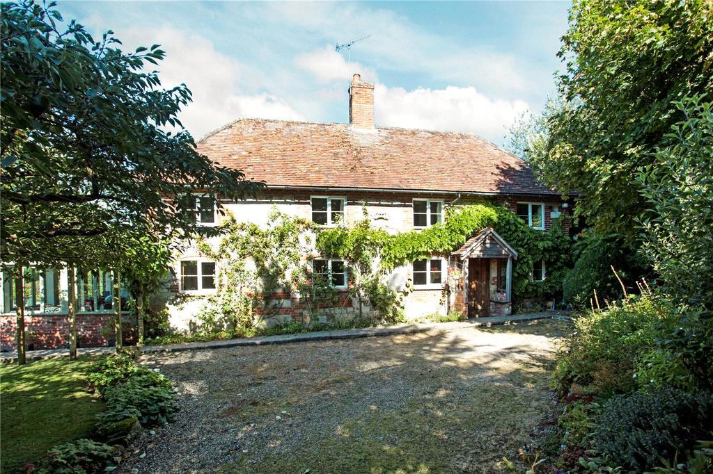 4 Bedrooms Detached House for sale in Burcombe, Salisbury, Wiltshire
