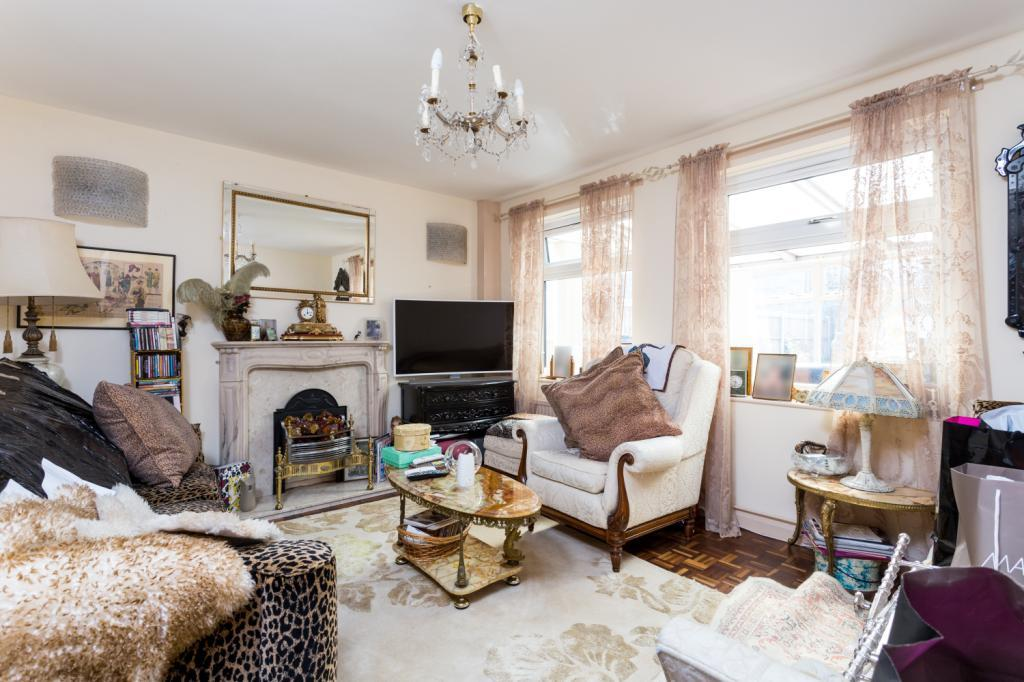 2 Bedrooms Terraced House for sale in The Highway, Wapping, London, E1W
