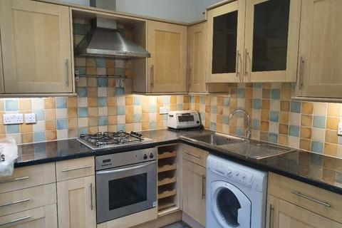 3 bedroom flat to rent - Green Lane, Northwood
