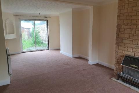 3 bedroom semi-detached house to rent - Princes Park Lane, Hayes