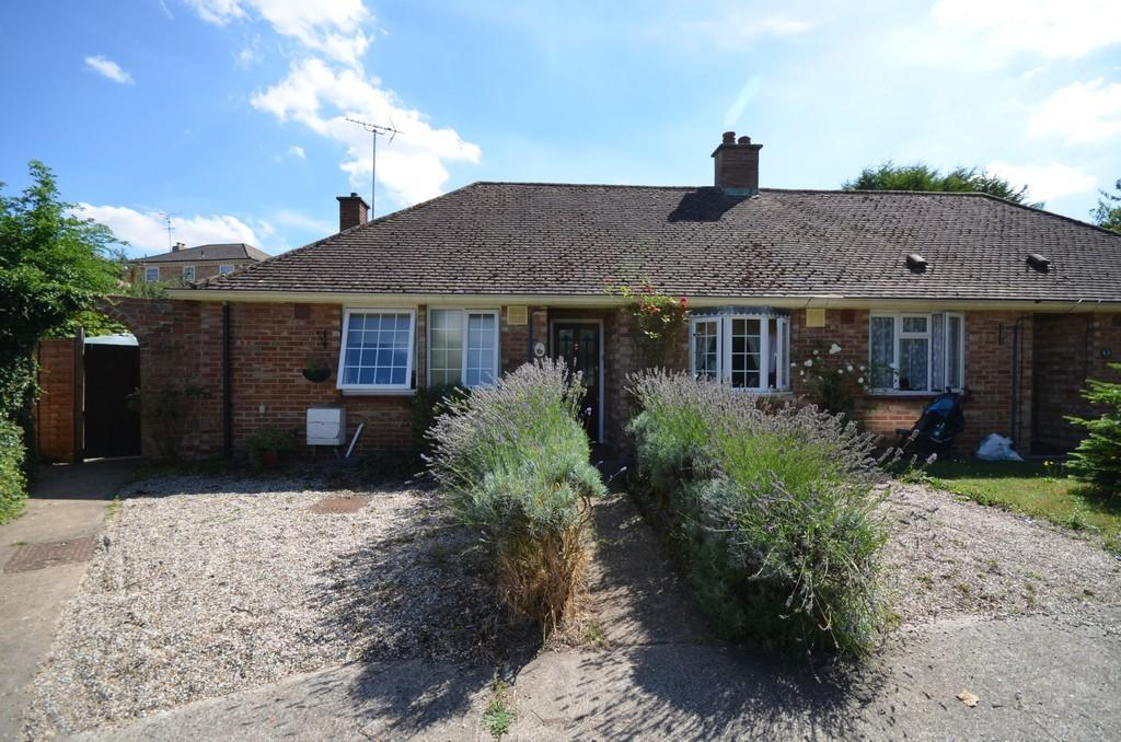 2 Bedrooms Semi Detached Bungalow for sale in The Bungalows, Mill Lane, Witham