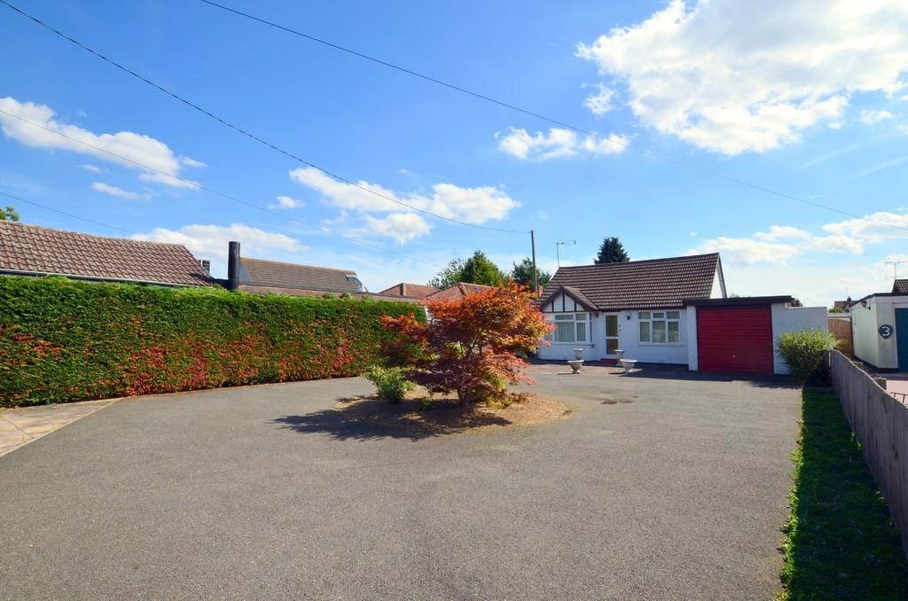 2 Bedrooms Detached Bungalow for sale in Main Road, Kesgrave