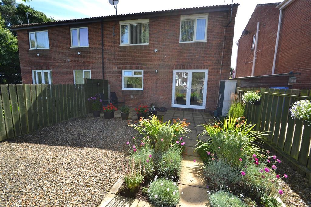 1 Bedroom Flat for sale in Lindisfarne, Peterlee, County Durham, SR8