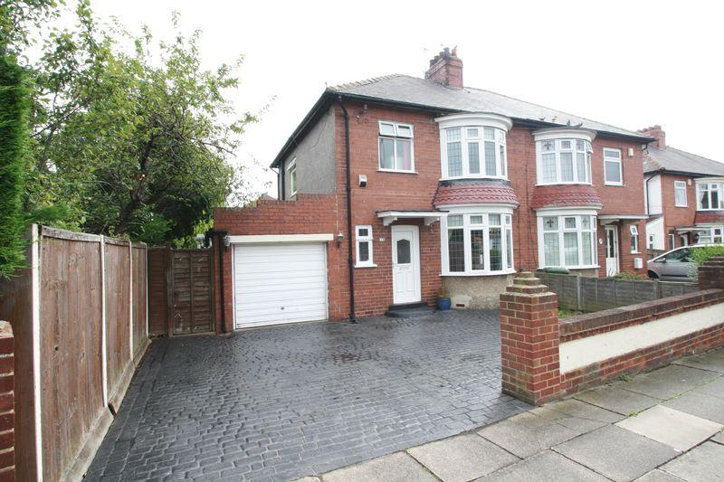 3 Bedrooms Semi Detached House for sale in Fairfield Road, Fairfield, Stockton, TS19 7AH