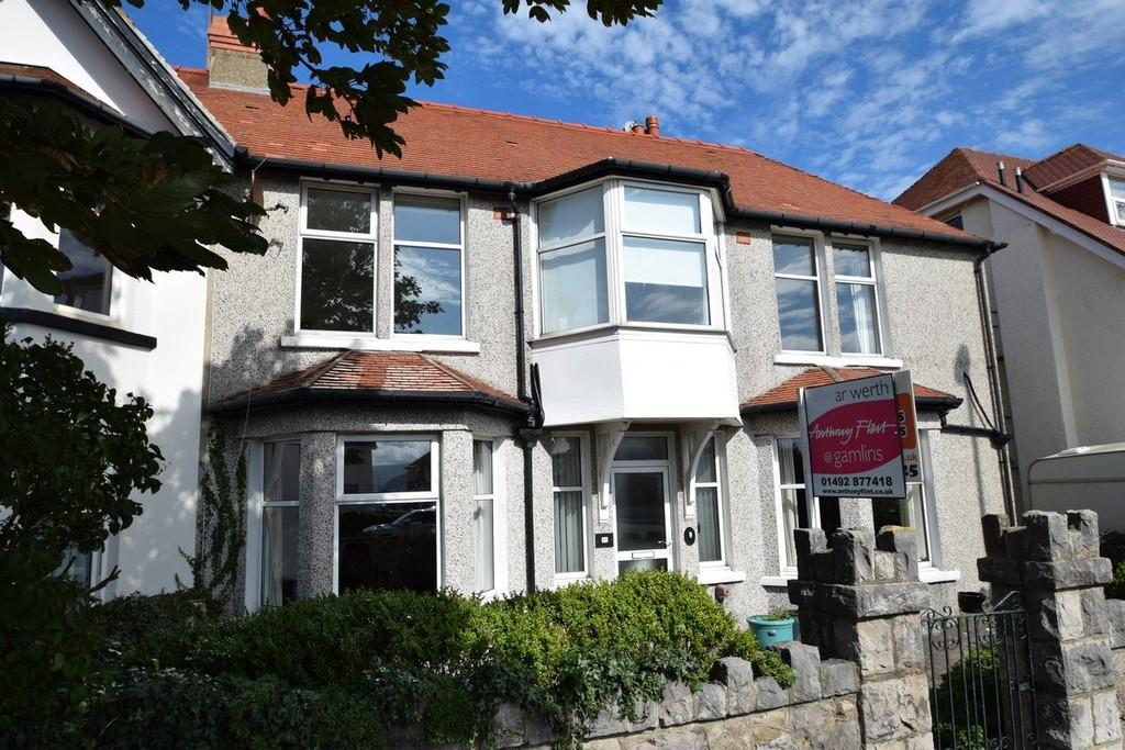 5 Bedrooms End Of Terrace House for sale in Bryniau Road, Llandudno