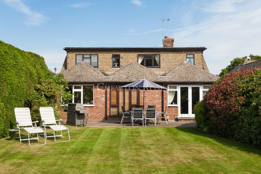 3 Bedrooms Detached House for sale in Union Street, Flimwell, East Sussex. TN5