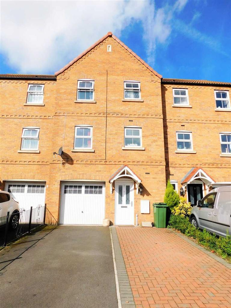 4 Bedrooms Town House for sale in FUSILIER WAY, KIRTON LINDSEY