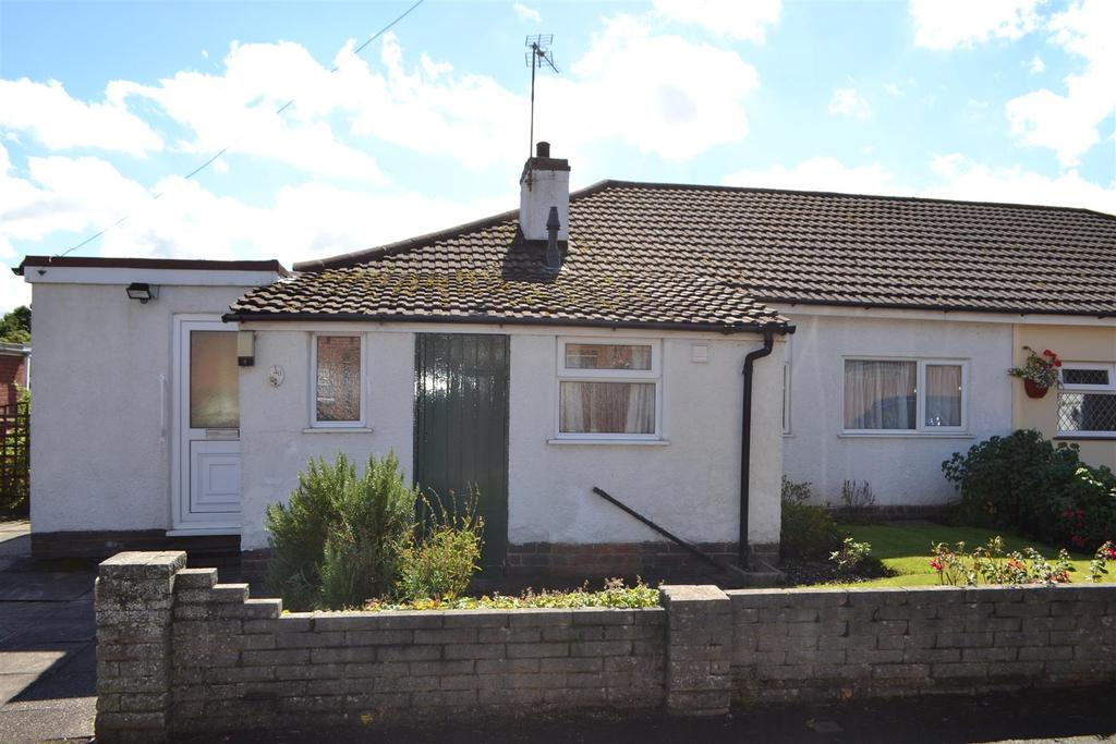 3 Bedrooms Bungalow for sale in Stafford Lane, Hednesford, Cannock