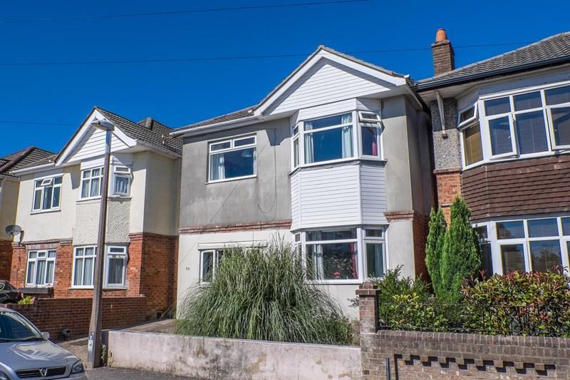 4 Bedrooms Detached House for sale in Chatsworth Road, Parkstone, Poole