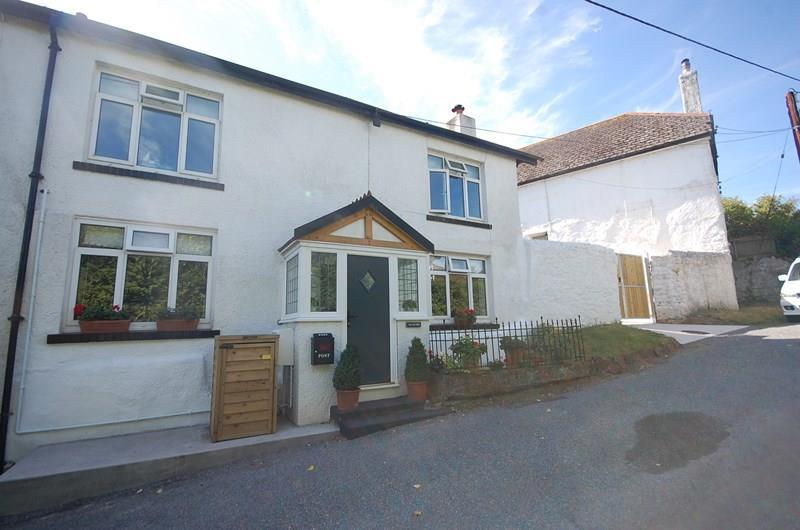 4 Bedrooms Semi Detached House for sale in Coombe Way, BISHOPSTEIGNTON, Teignmouth