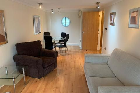 1 bedroom apartment to rent - Broadway Plaza, City Centre