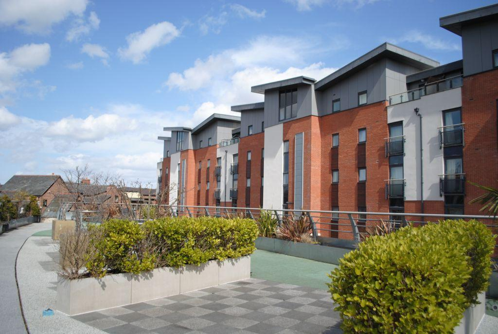 1 Bedroom Apartment Flat for sale in The Quarter, Chester,