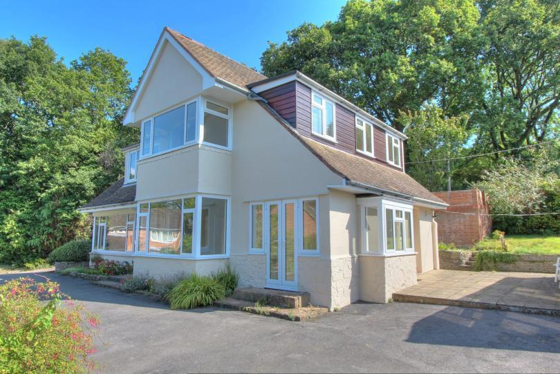 4 Bedrooms Detached House for sale in Oakmount Avenue, Chandlers Ford