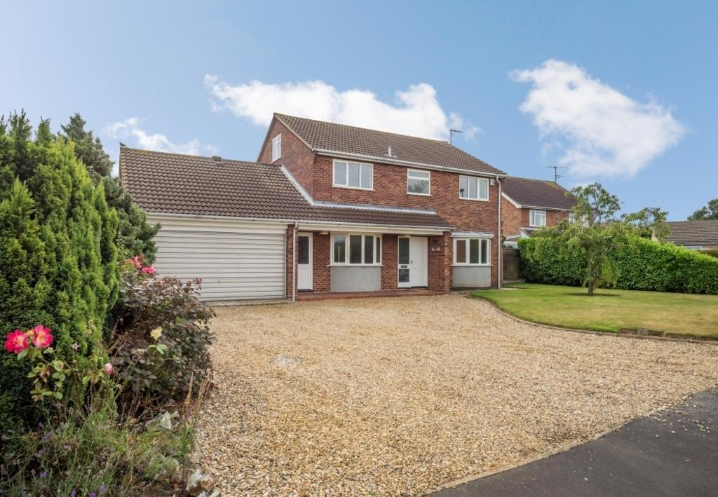 4 Bedrooms Detached House for sale in Swafield Rise, North Walsham