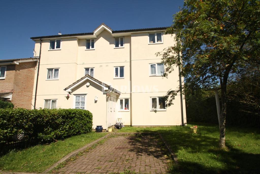 2 Bedrooms Flat for sale in Bishop Hannon Drive, Fairwater