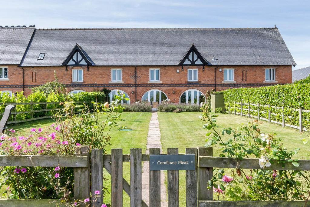 3 Bedrooms Mews House for sale in Marbury, Cheshire