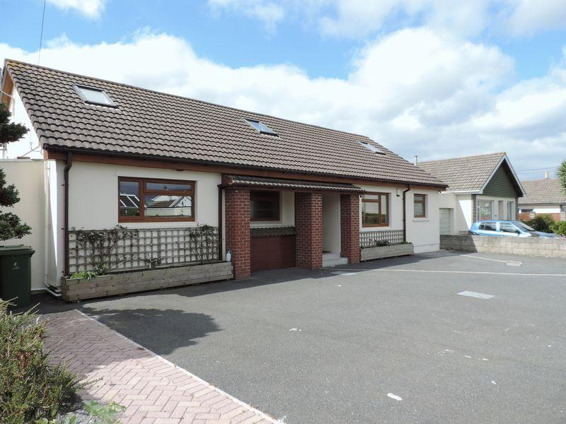 4 Bedrooms Detached House for sale in Illogan, Nr. Redruth