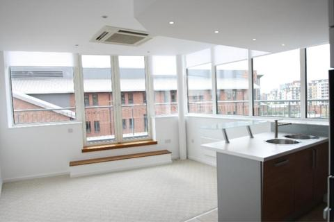 2 bedroom apartment to rent - TRINITY ONE, EAST STREET, LEEDS, LS9 8AF