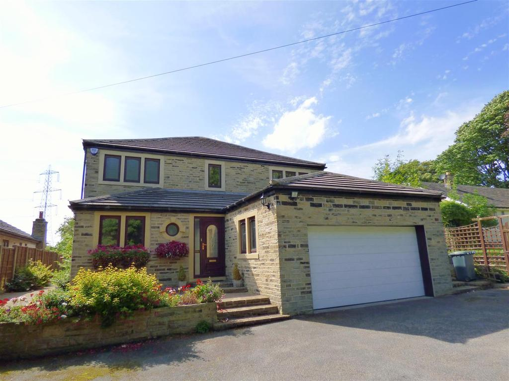 4 Bedrooms Detached House for sale in Bradford Road, Oakenshaw