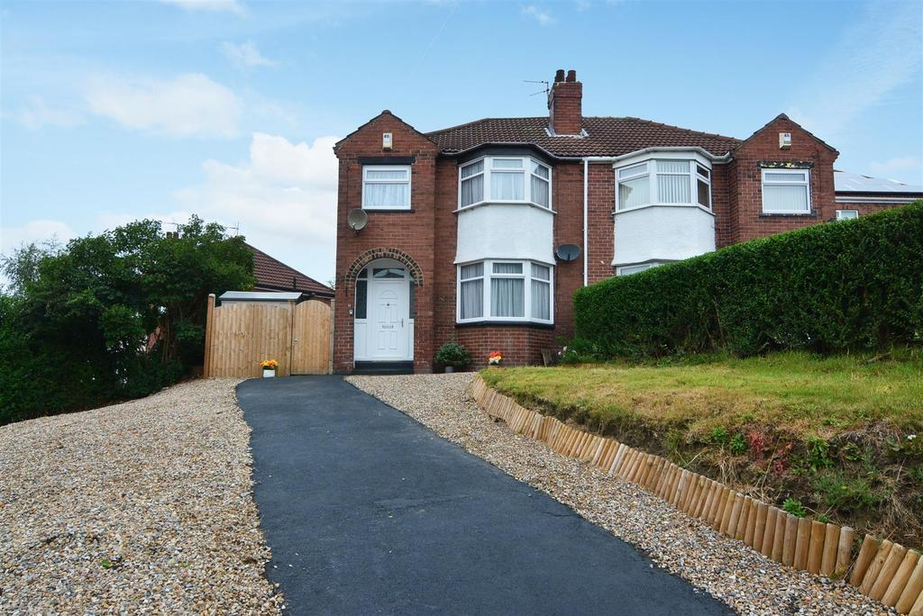 3 Bedrooms Semi Detached House for sale in Kirkstall Hill, Kirkstall