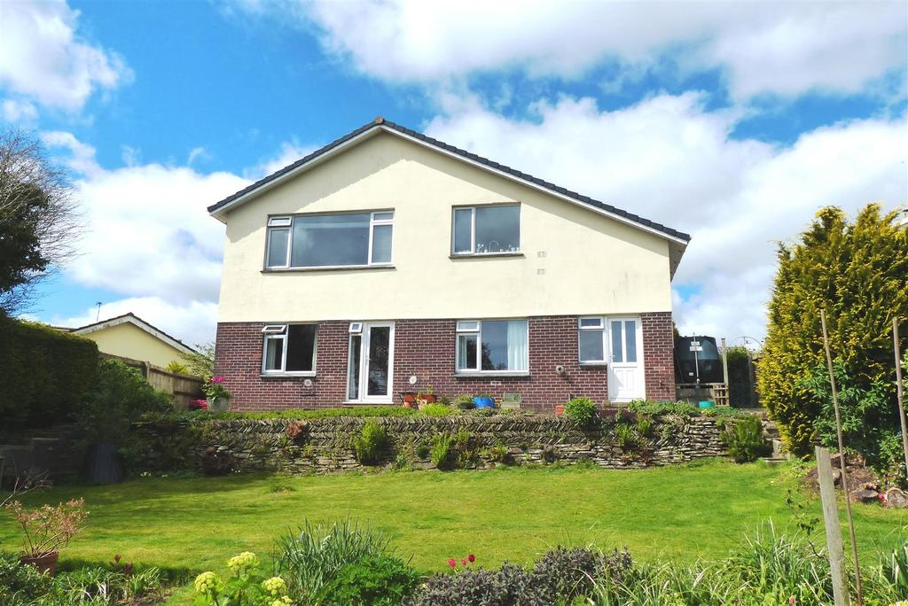 4 Bedrooms Detached House for sale in Tregony