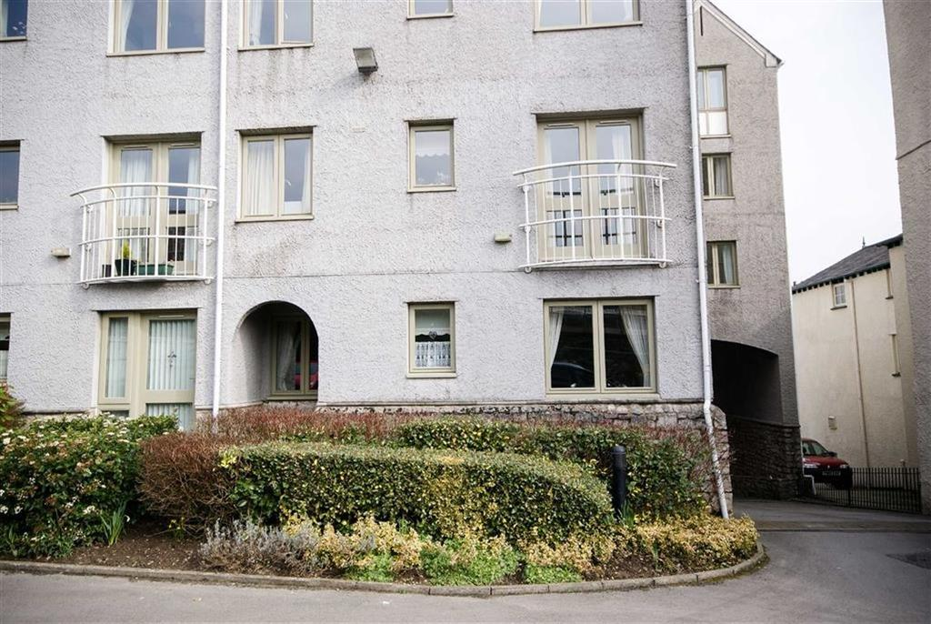 1 Bedroom Retirement Property for sale in Flat 10, Blackhall Croft, Kendal