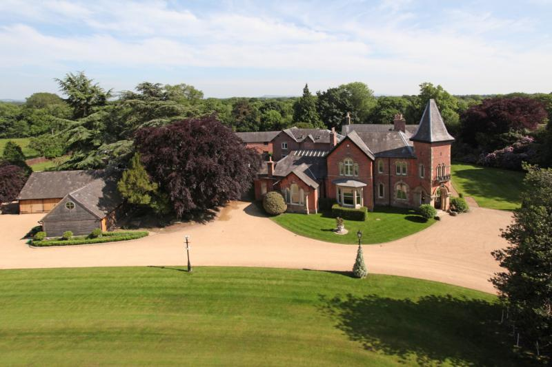 Warford Hall Drive Great Warford Alderley Edge Cheshire