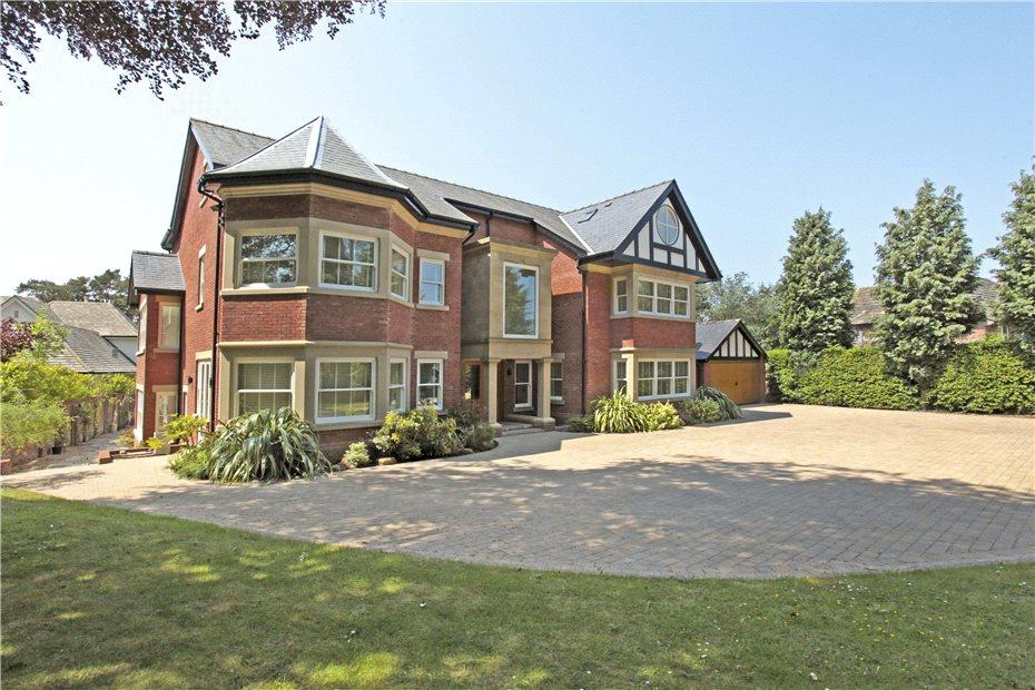 6 Bedrooms Detached House for sale in Heybridge Lane, Prestbury, Cheshire, SK10