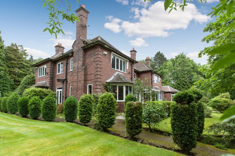6 Bedrooms Detached House for sale in Hill Top, Hale, Cheshire, WA15