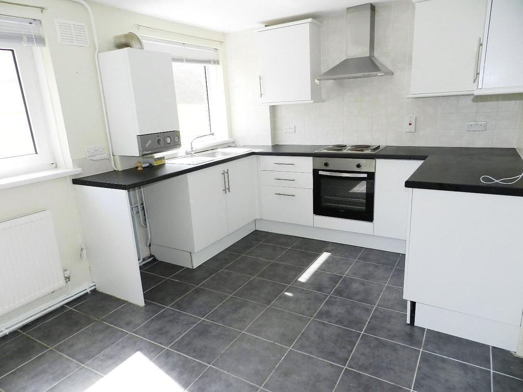 2 Bedrooms Flat for sale in Harrier Road, Haverfordwest, Pembrokeshire
