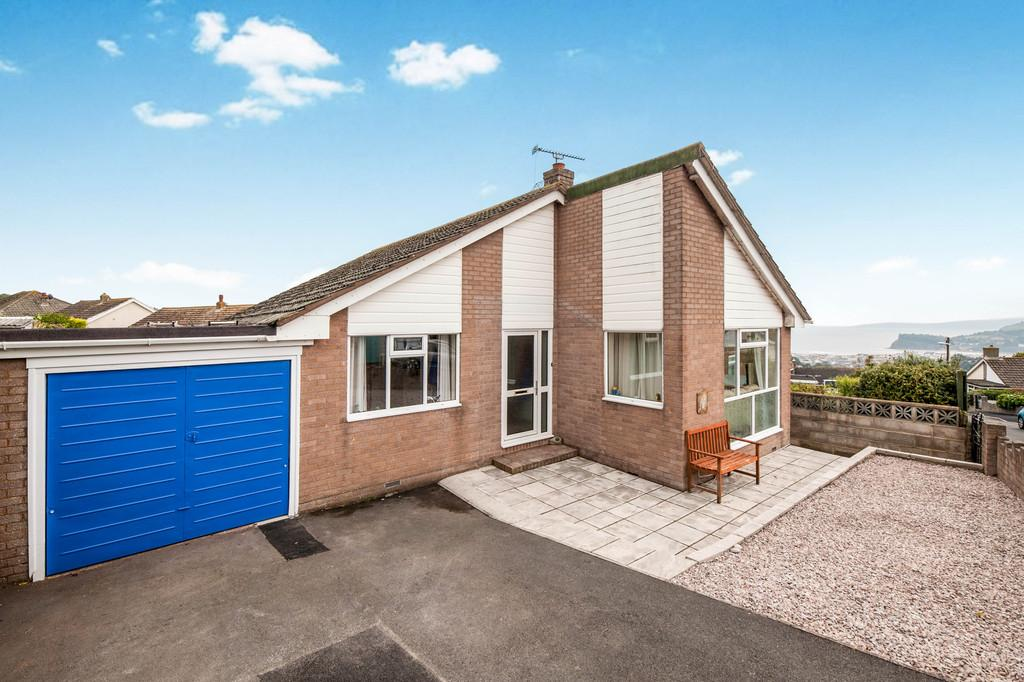 3 Bedrooms Detached Bungalow for sale in Charlemont Road, East Teignmouth, TQ14 8RP