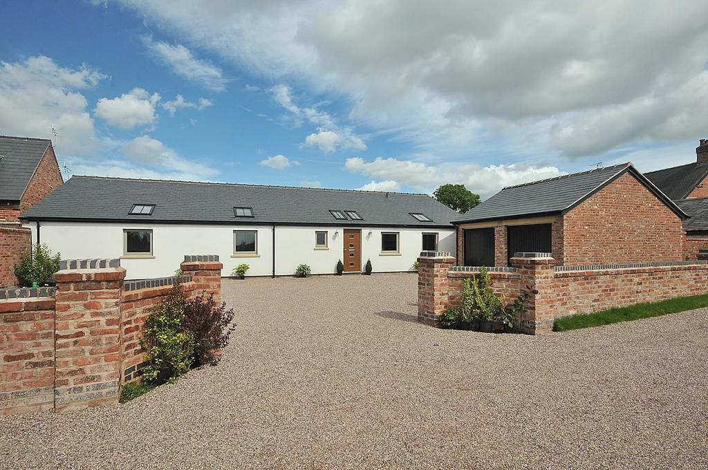 5 Bedrooms Detached Bungalow for sale in The Dairy, Marsh Lane, Lower Whitley