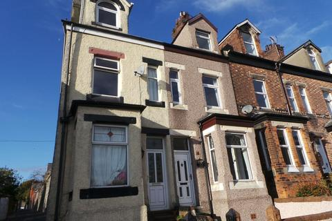 3 bedroom terraced house to rent - 38 Casson Street