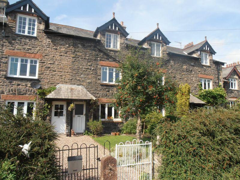 3 Bedrooms Terraced House for sale in 11 Guldrey Terrace, Sedbergh, LA10 5DT