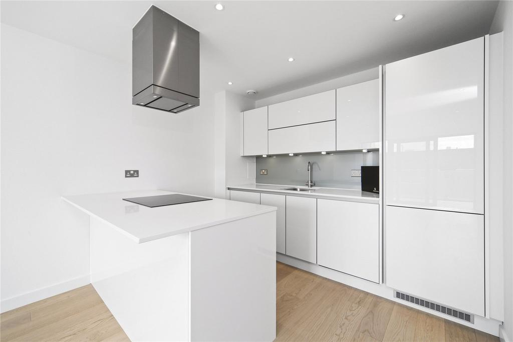 2 Bedrooms Flat for sale in Horizons Tower, Yabsley Street, London, E14