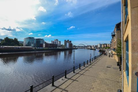2 bedroom apartment to rent - Mariners Wharf, Quayside, Newcastle Upon Tyne, NE1