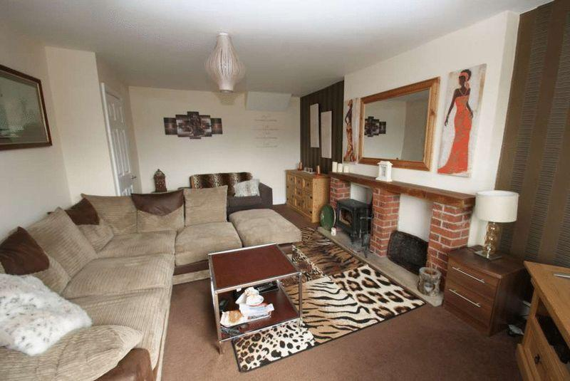 3 Bedrooms Semi Detached Bungalow for sale in Angrove Close, Middlesbrough