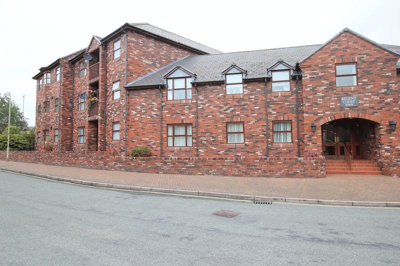 2 Bedrooms Apartment Flat for sale in Regent Court, Oswestry