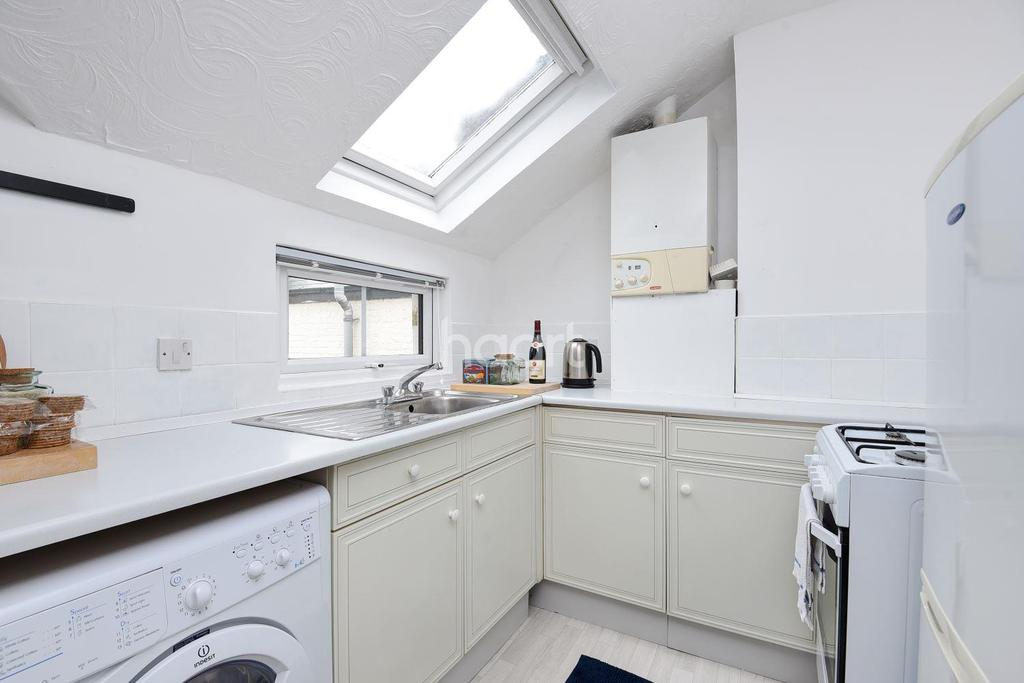 1 Bedroom Flat for sale in Helix Road, Brixton, SW2