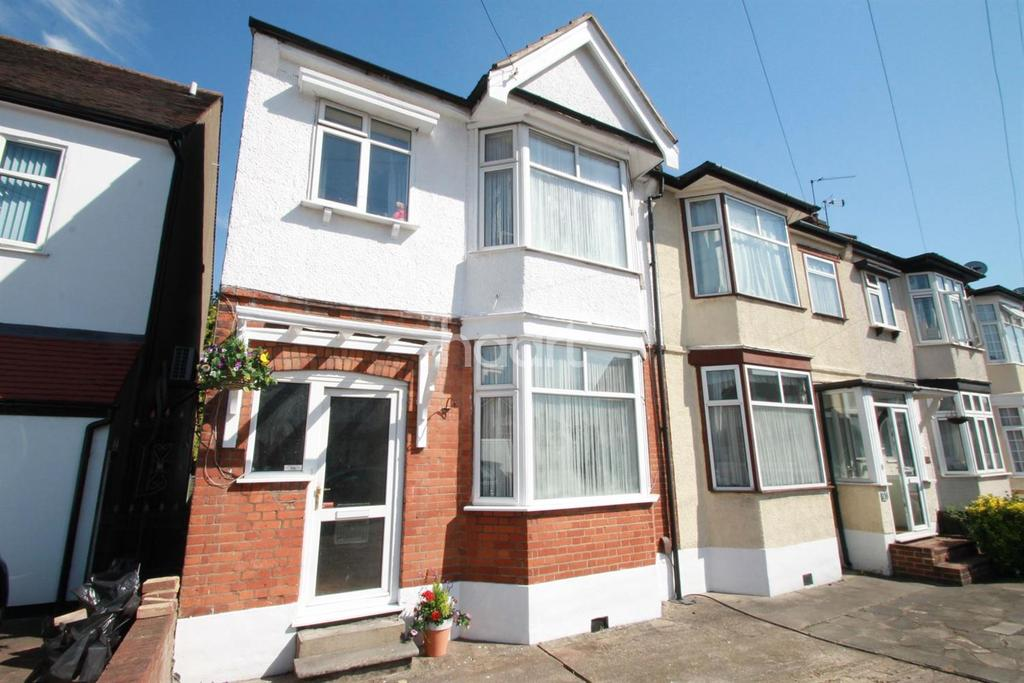 3 Bedrooms End Of Terrace House for sale in Fencepiece Road, Hainault