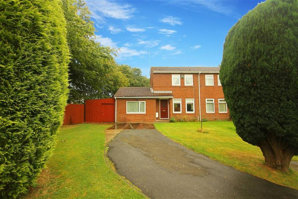 3 Bedrooms Semi Detached House for sale in Claverley Drive, Backworth, Tyne And Wear