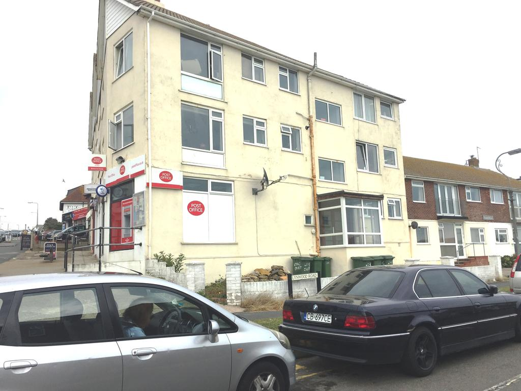 1 Bedroom Flat for sale in Longridge Court, Longridge Avenue, Saltdean BN2